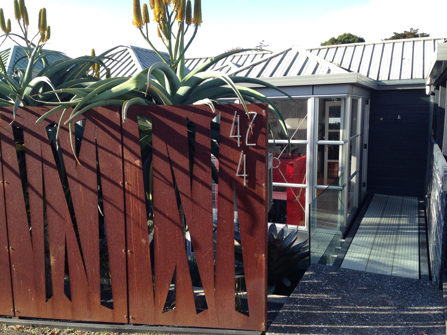 Garden art landscape design garden care services and for Landscaping companies in new zealand